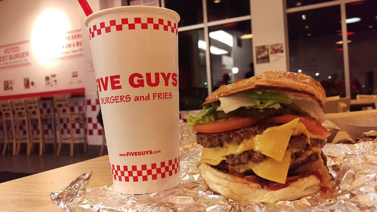 five guys漢堡 圖片來源:Wikimedia Commons https://goo.gl/QyFQWh