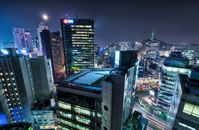 首 爾 新 市 政 廳|Flickr: hugociss
