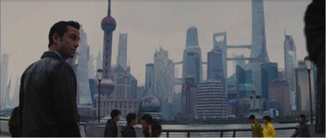 上 海 天 生 就 有 股 鋼 鐵 霸 主 的 氣 質 。