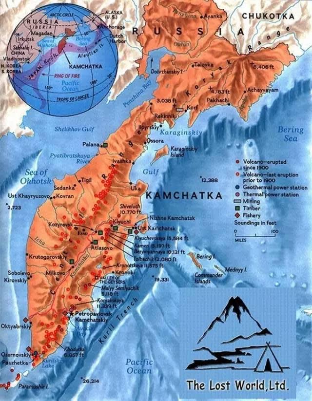 火 山 分 布 圖 。