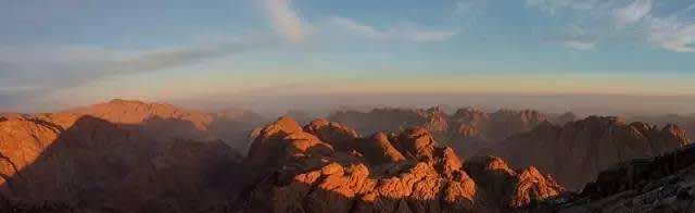 埃 及 的 聖 山 | flickr@Mumbles Head