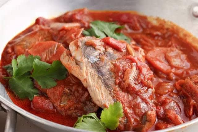 印 度 燒 魚 。