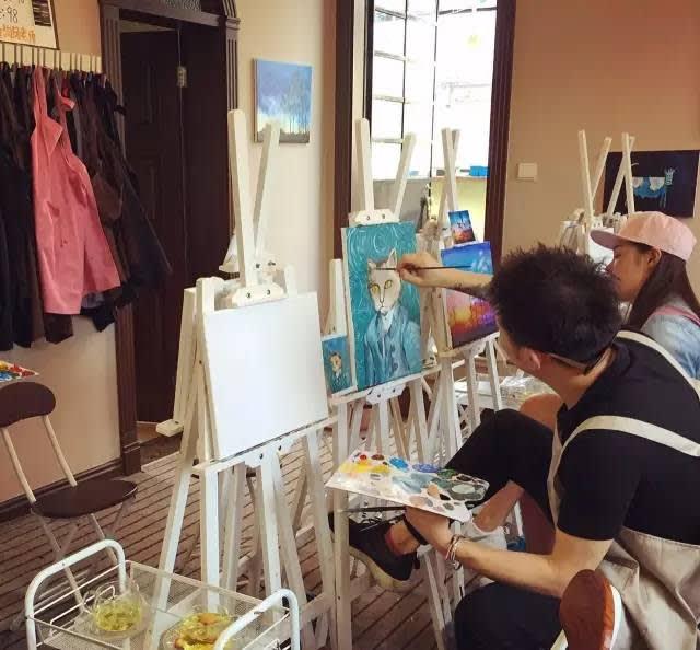貓咪咖啡店 Pic|Weibo@vhilean