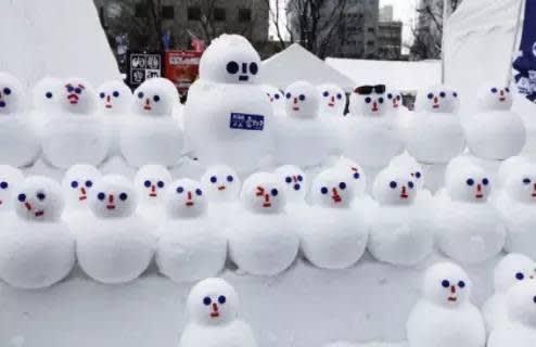 札幌冰雪節 可 愛 的 雪 人 們!
