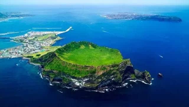 韓 國 版 的 夏 威 夷 濟 州 島