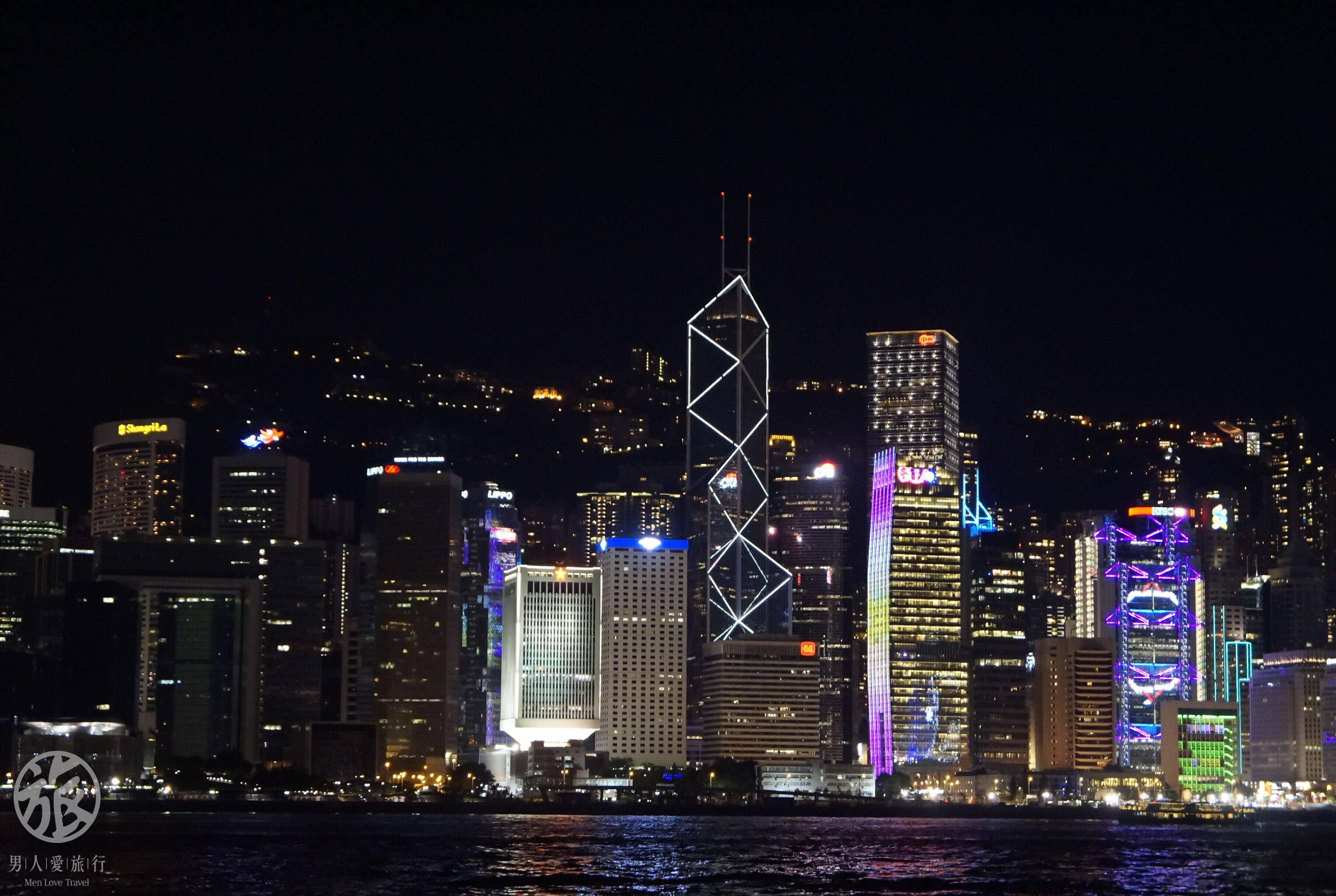 不 同 顏 色 、 不 同 設 計 、 聚 在 一 起 成 為 香 港 新 活 力