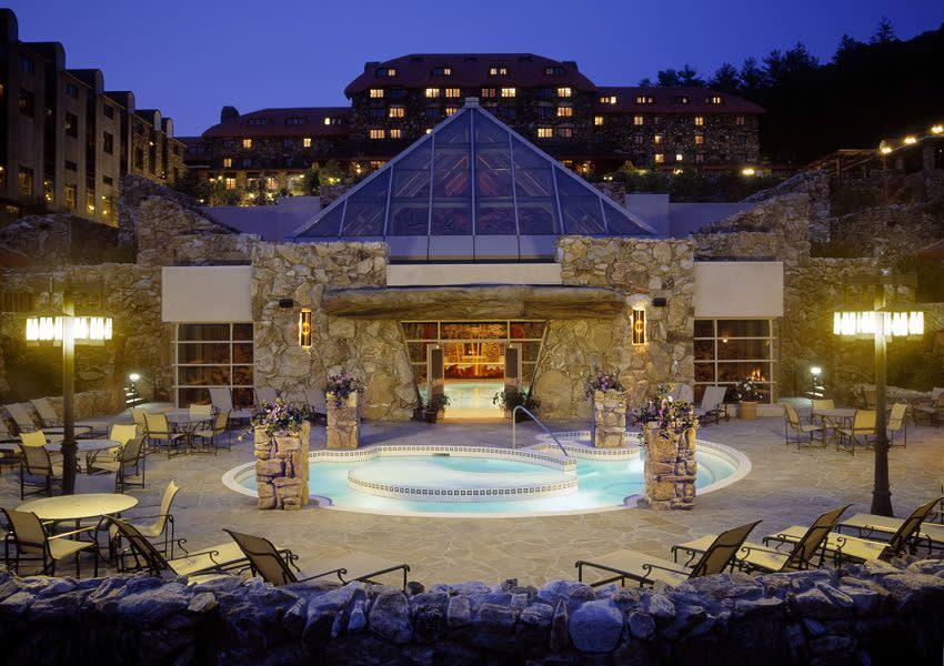 阿 什 歐 姆 尼 叢 林 公 園 酒 店 。 ( 圖 / Booking.com 提 供 )