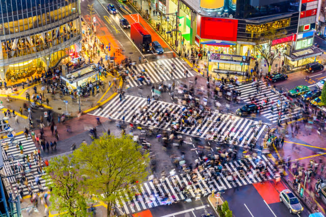 澀 谷 十 字 路 口 , 在 千 萬 人 之 中 , 遇 見 你