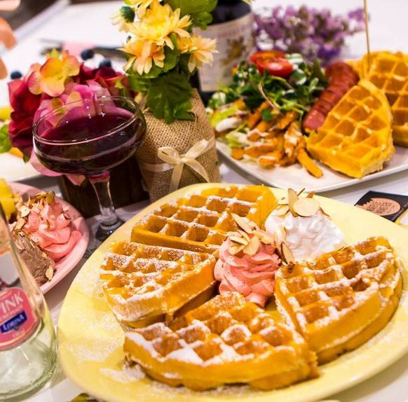 How-To-Make-The-Most-Out-Of-Your-Trip-To-South-Korea-waffle-monster