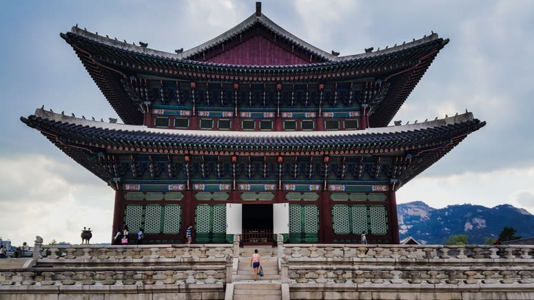 How-To-Make-The-Most-Out-Of-Your-Trip-To-South-Korea-geyongbukgung-palace