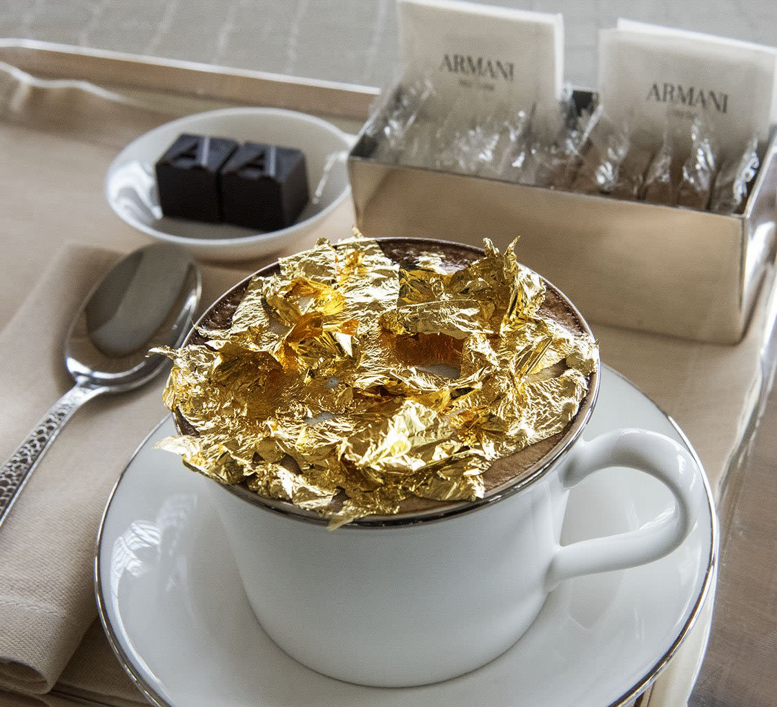 gold flakes coffee