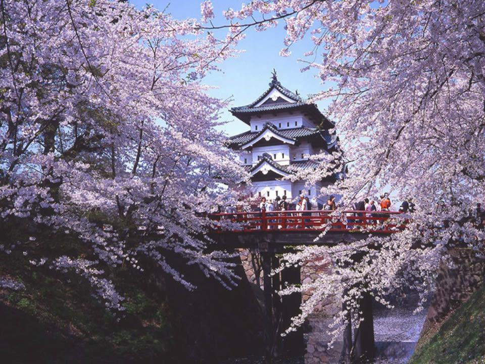 Hirosaki Castle in Aomori