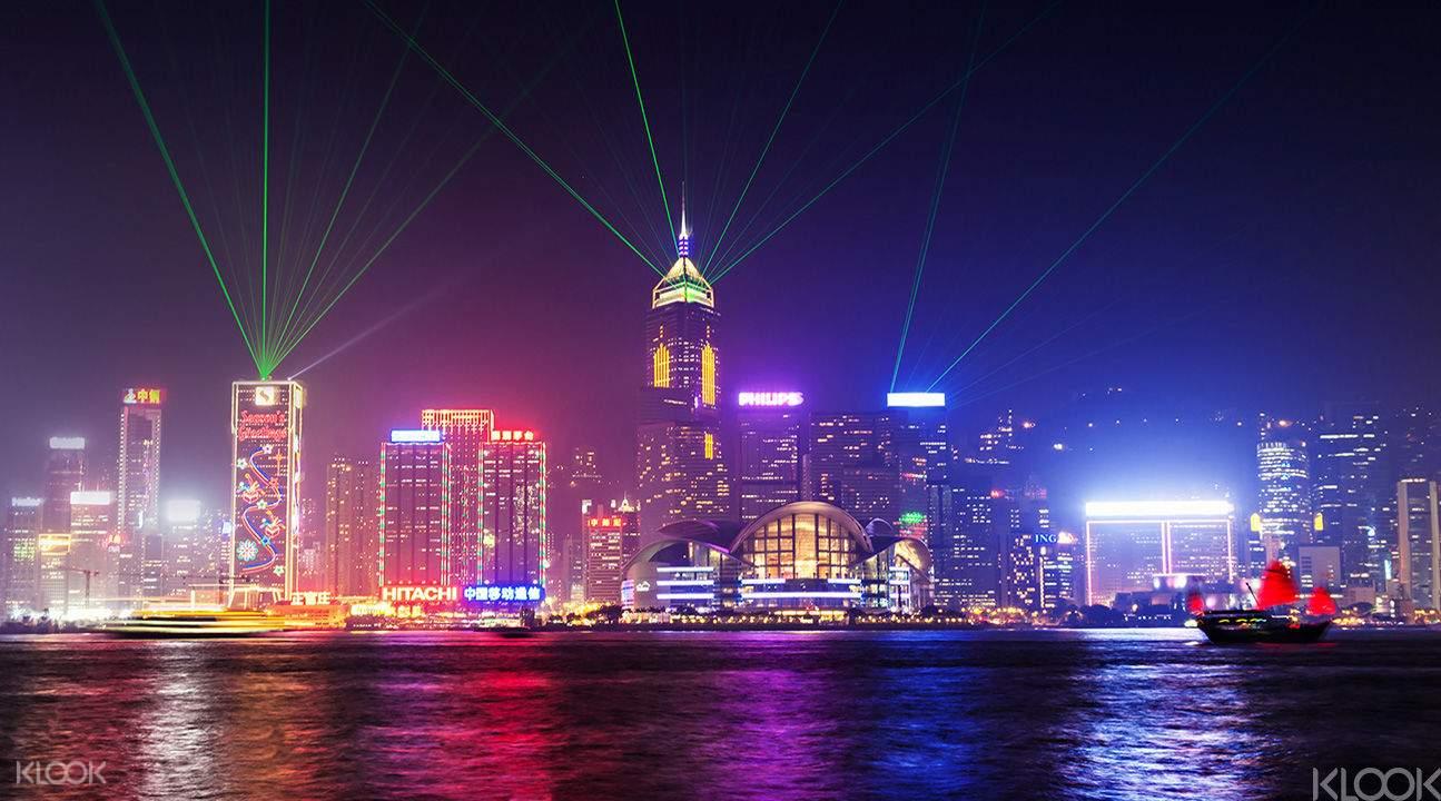 EOY-Hong-Kong-AquaLuna