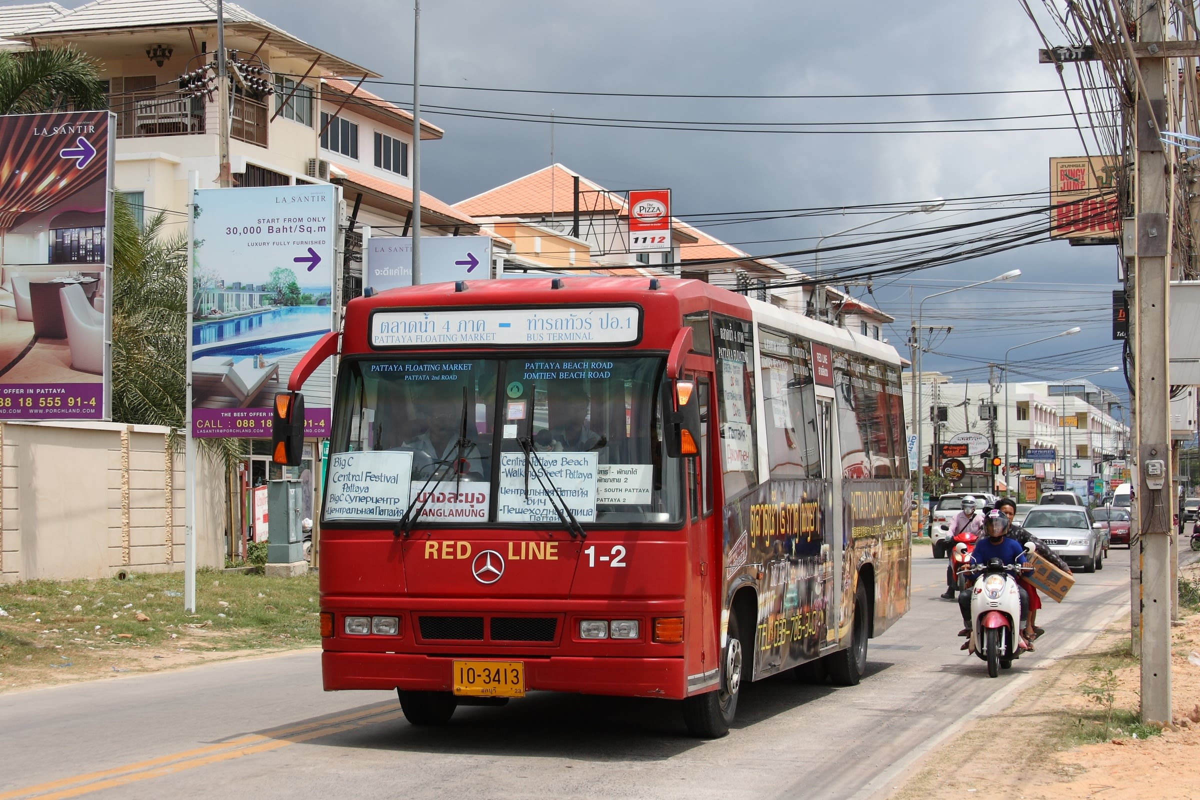 How-To-Enjoy-A-Klook-It-Yourself-Holiday-In-Pattaya-bus