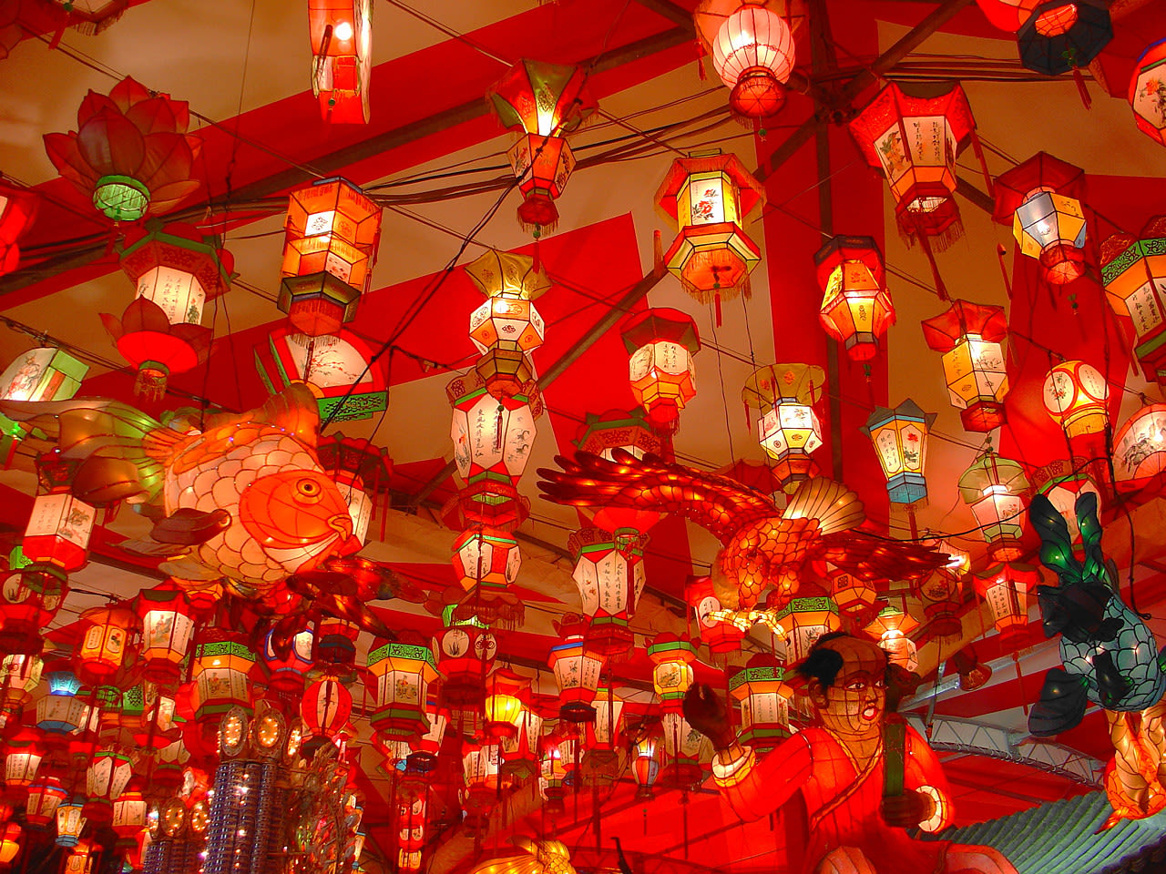 How To Avoid Crowds In Popular CNY Destinations