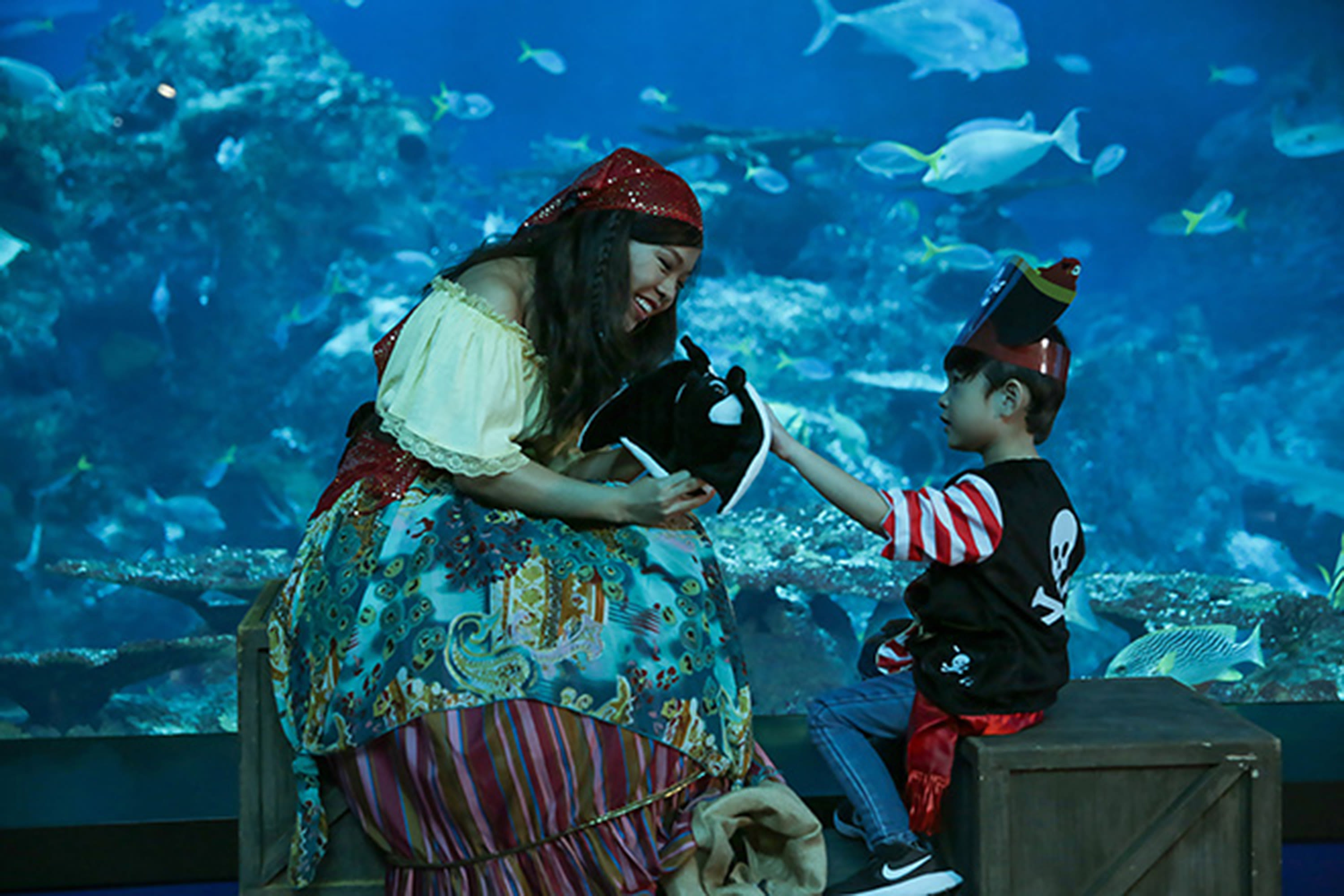 scare-yourselves-silly-at-these-horrific-halloween-scarefests-sea-aquarium