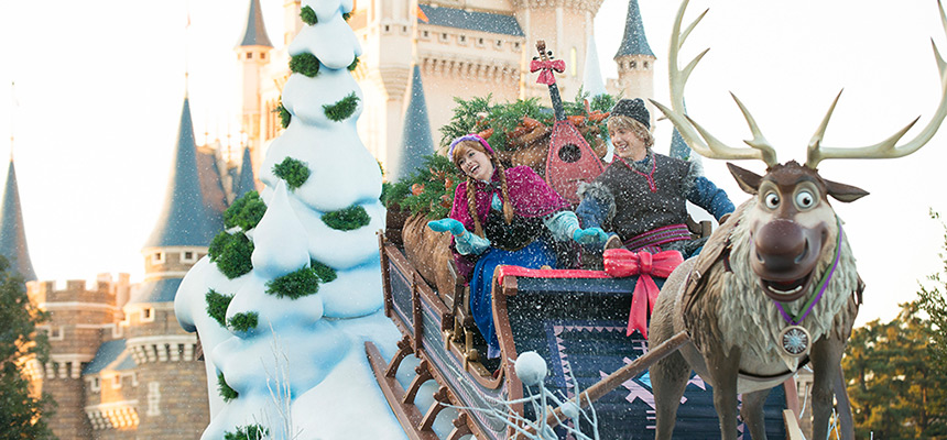 anna, sven and kristoff on a sleigh