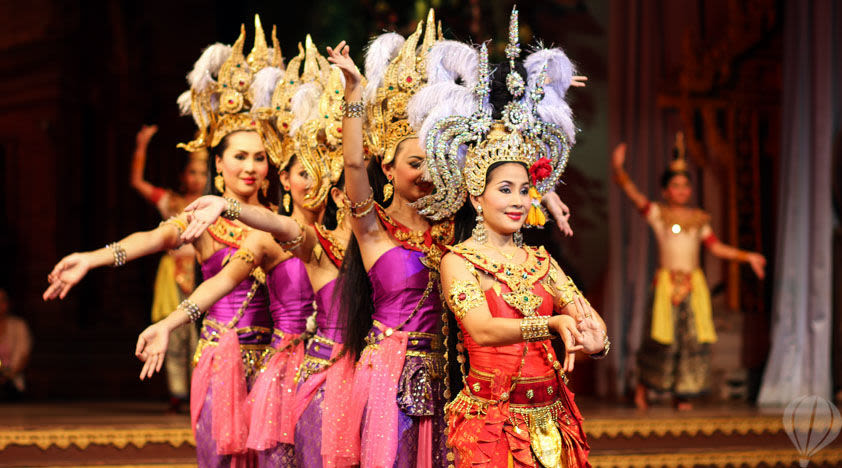 How-To-Enjoy-A-Klook-It-Yourself-Holiday-In-Pattaya-thai-cultural-show