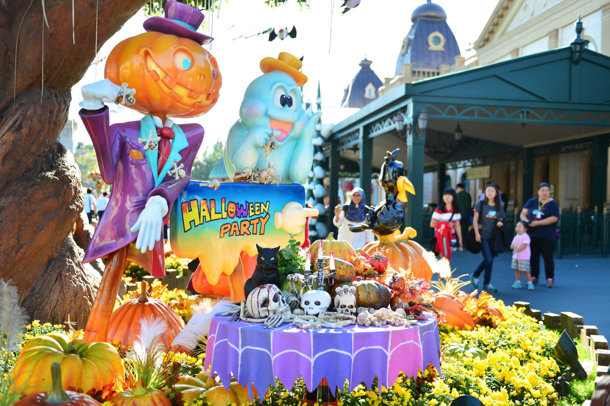 Halloween Party display at Everland