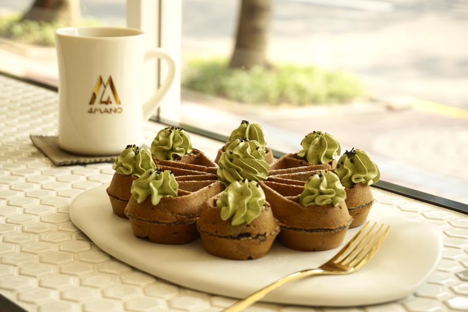 4-MANO-Cafe-Waffles