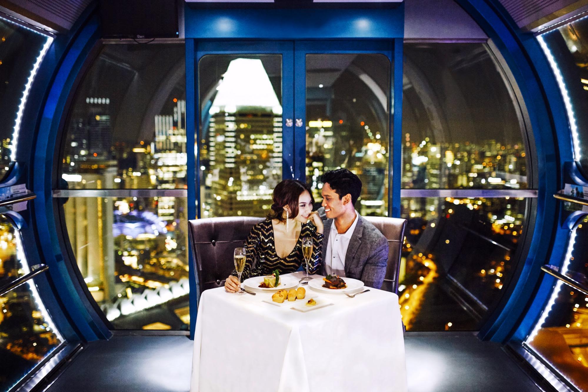 singapore-flyer-sky-dining-romantic-dinner