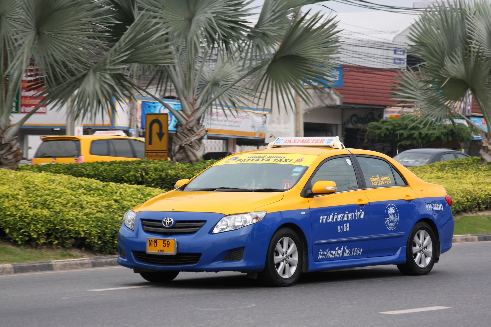 How-To-Enjoy-A-Klook-It-Yourself-Holiday-In-Pattaya-taxi