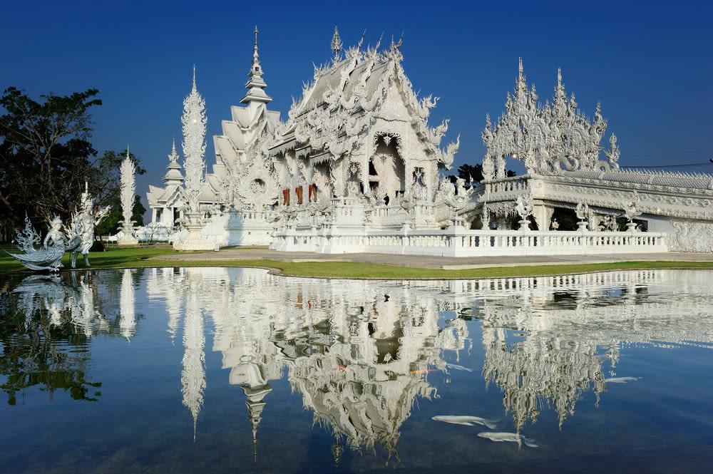 chiang rai white temple, chiang mai white temple, chiang mai white temple tour, chiang mai white temple reflection
