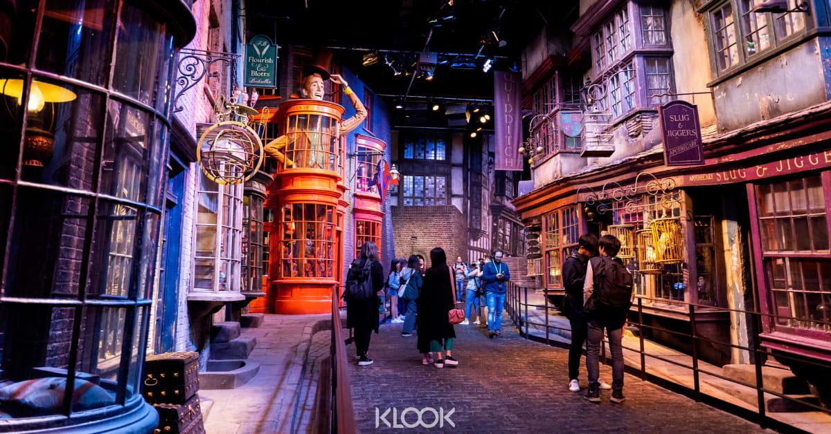 คู่มือท่องโลกเวทย์มนตร์ที่สตูดิโอถ่ายทำภาพยนตร์เรื่องแฮร์รี่ พอตเตอร์ ที่วอร์เนอร์ บราเธอร์ส สตูดิโอ (Warner Bros. Studio)