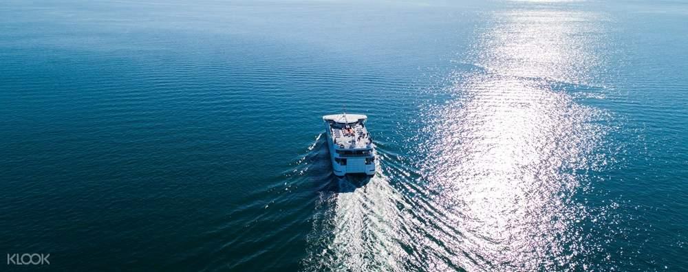 queenscliff to sorrento ferry ocean view