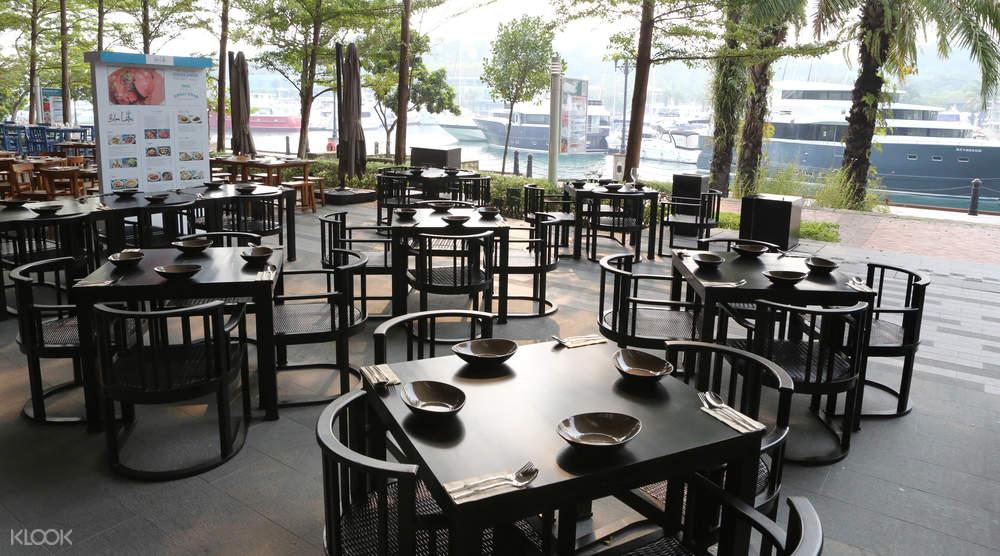 gin khao bistro sentosa singapore