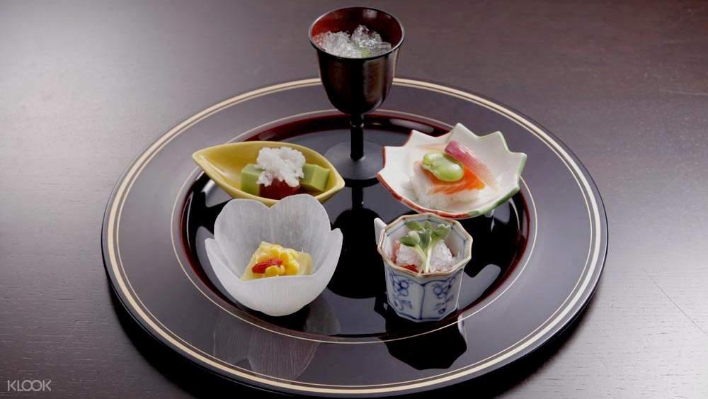NADAMAN Hinkan Sushi set shinjuku tokyo