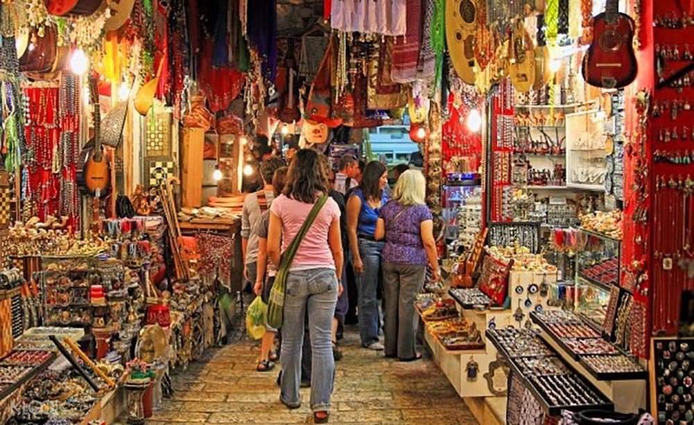 Kinari Bazaar Agra 1 to 5 Dollars shopping experience - Same Day ...