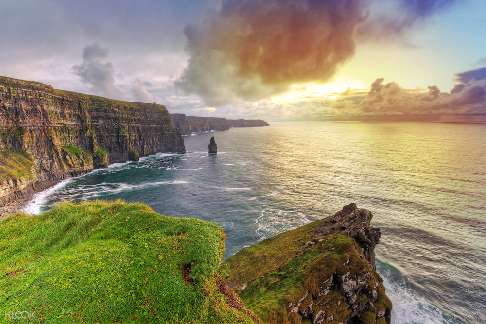 sunset at the moher cliffs and ocean