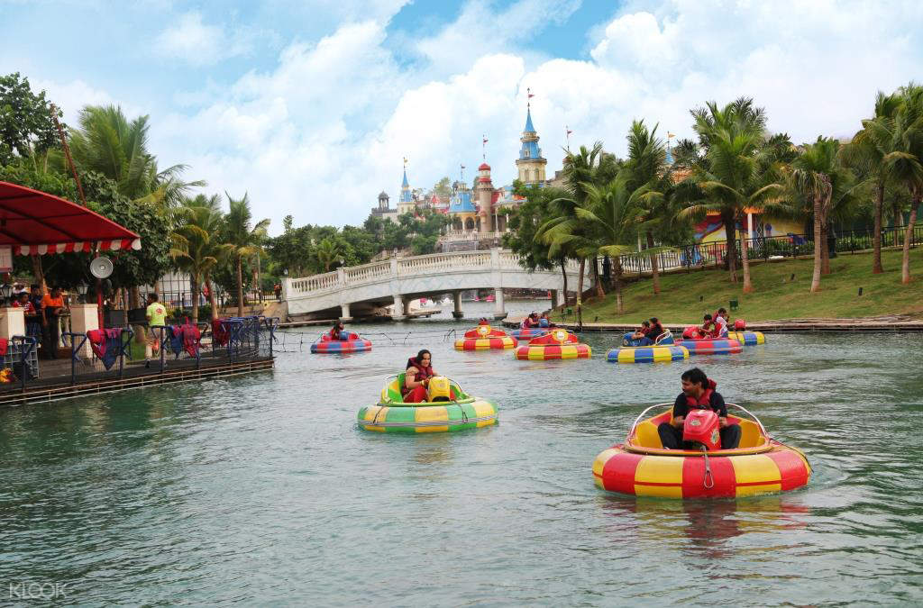 imagica water park lazy river