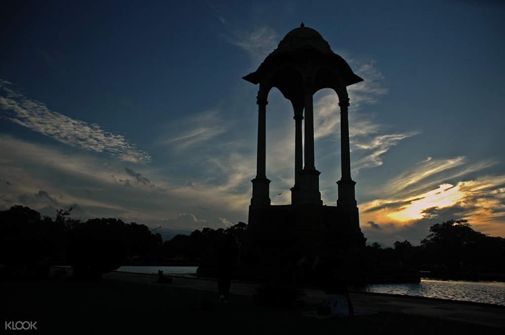 New Delhi monuments