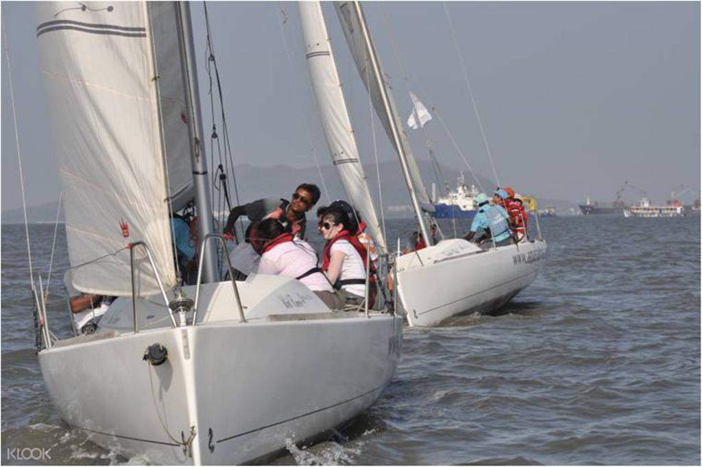 yacht trip in mumbai
