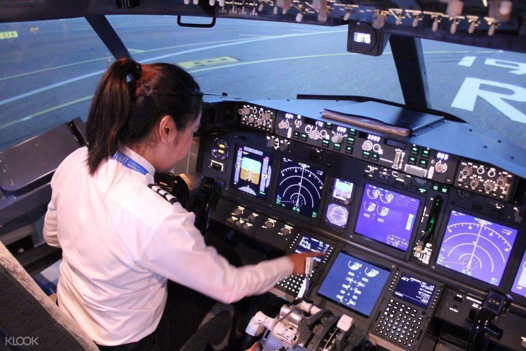 flight simulation in bangkok