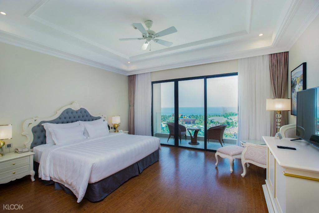 Standard Room (with balcony)