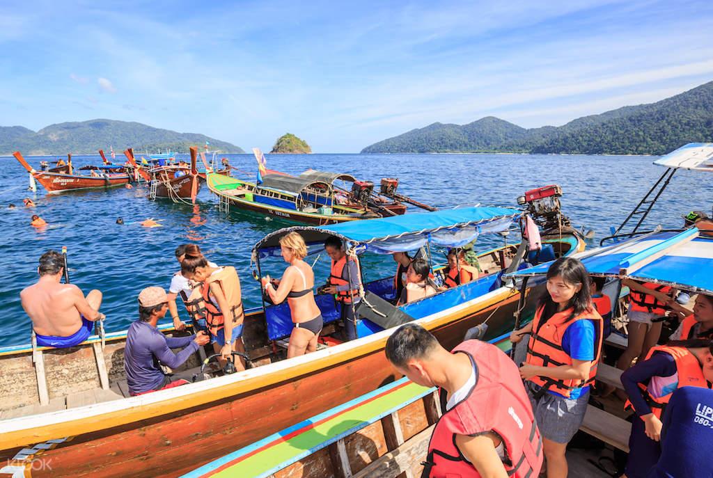 Thailand beach hopping
