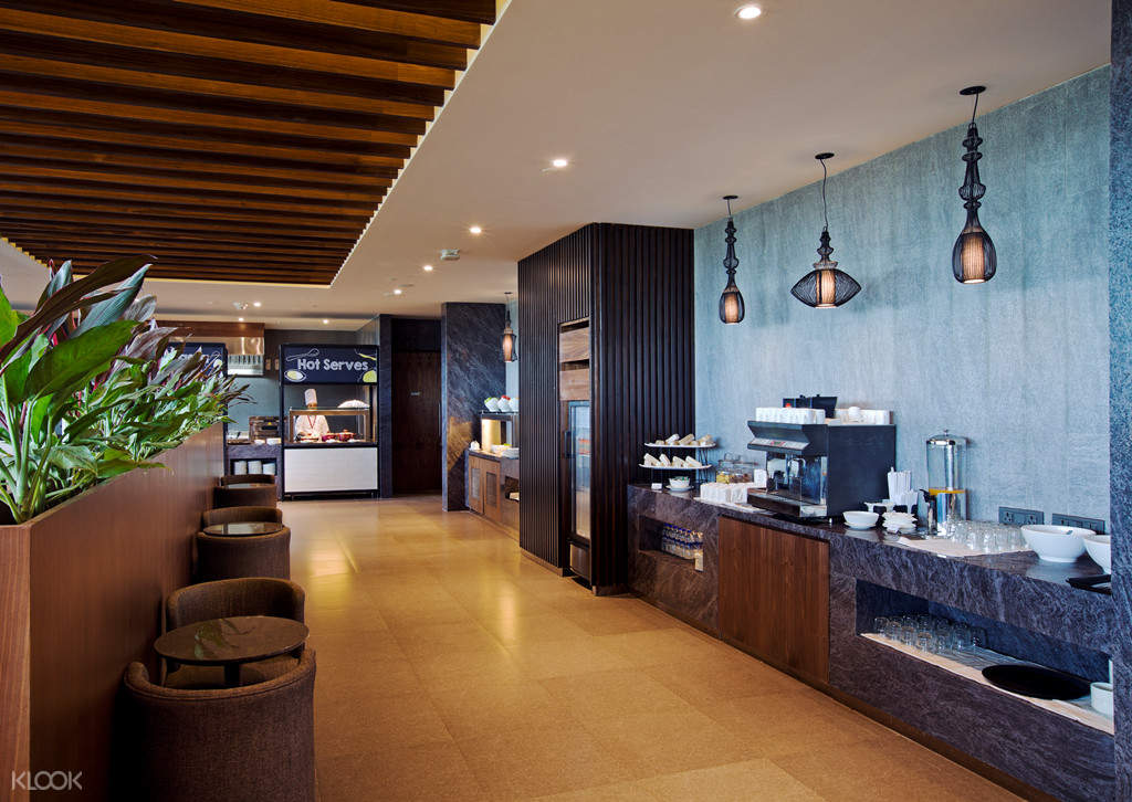 Kempegowda airport lounge