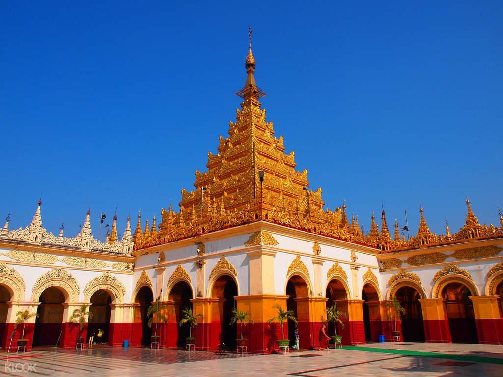 mahamuni buddha temple mandalay