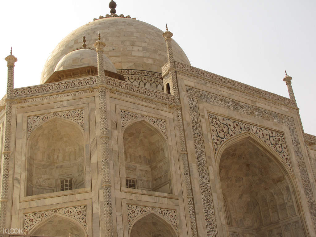 red fort agra history in hindi languag Here is your essay on red fort of delhi specially written for school and college students in hindi language: home  related essays: letter to a friend while inviting him to visit the fair at pragati maidan in delhi in hindi write an essay on the red fort of delhi essay on the zoo (delhi) [.