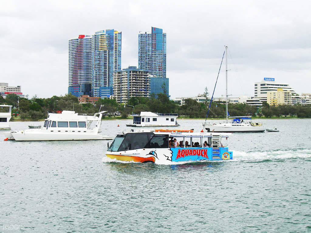 aquaduck land and water gold coast