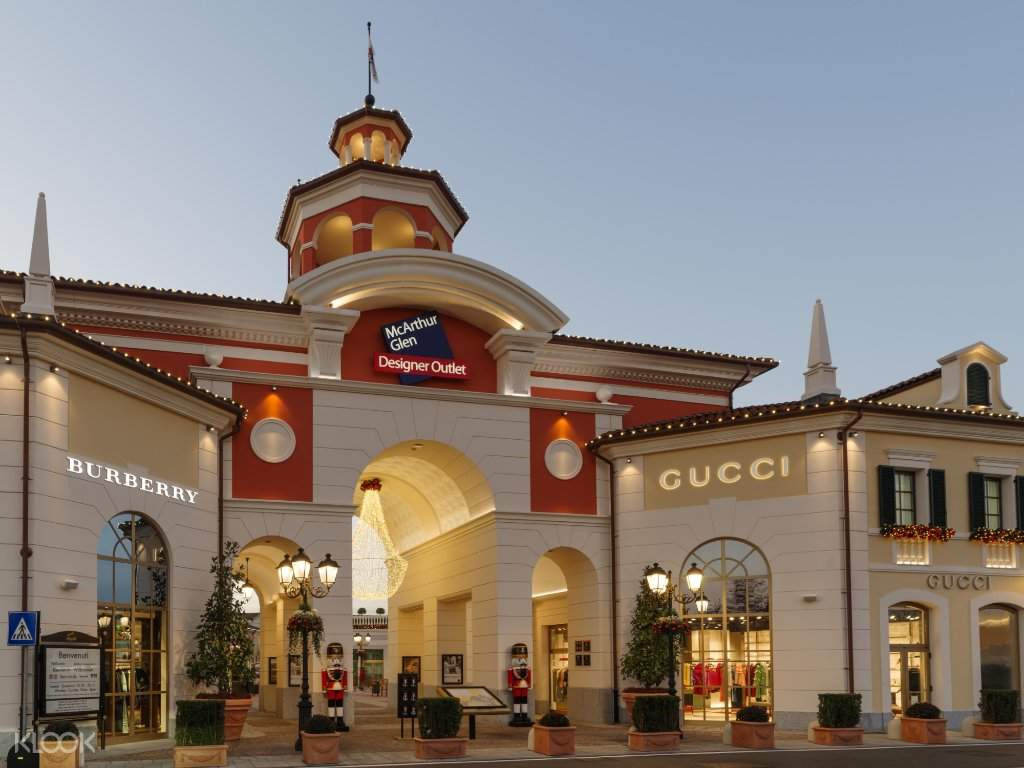 Serravalle Designer Outlet Shopping Experience from Milan