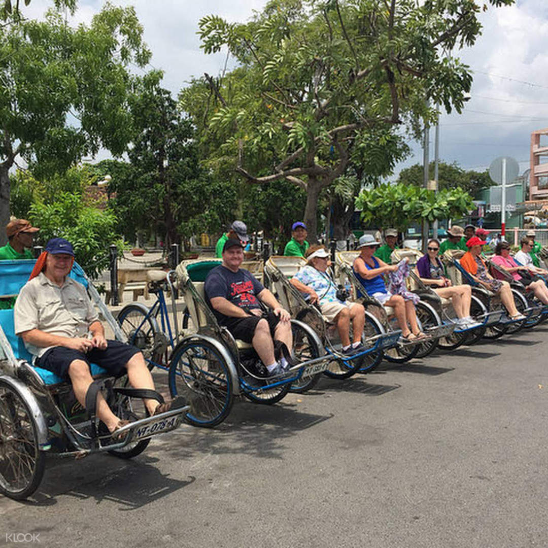 parked cyclos in vietnam