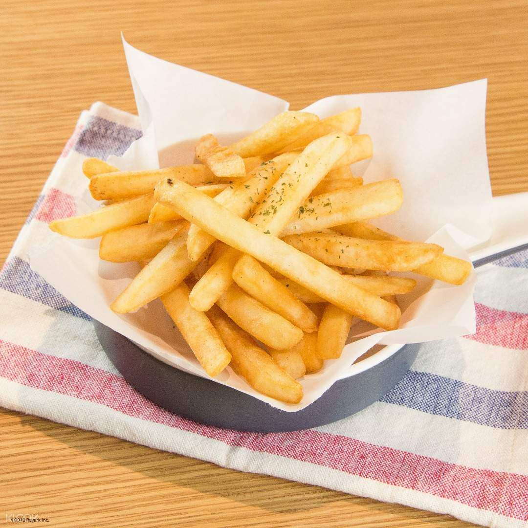 french fries at VOEZ Café