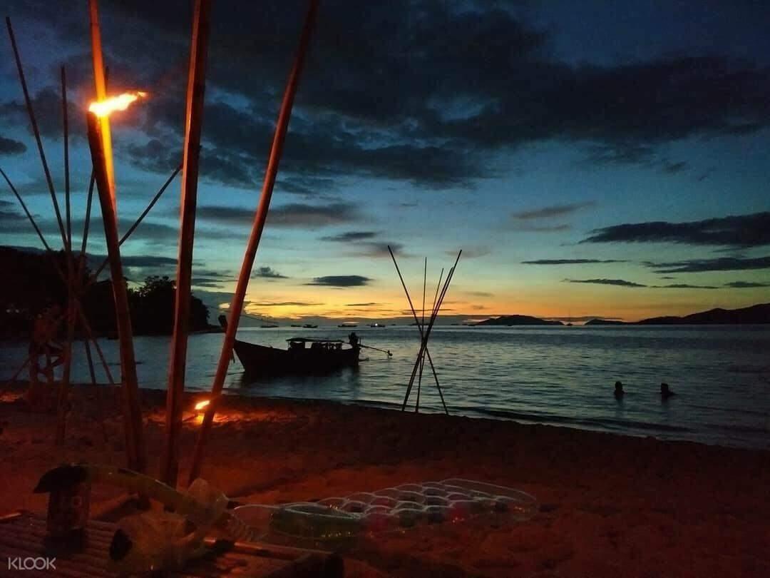 麗貝島日落浮潛之旅
