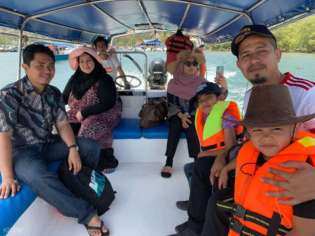 Sungai Lebam River Cruise Tour