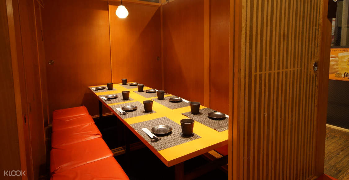 Private dining room at KaniDaruma(蟹だるま)in Namba - Seafood and Crab Hotpot