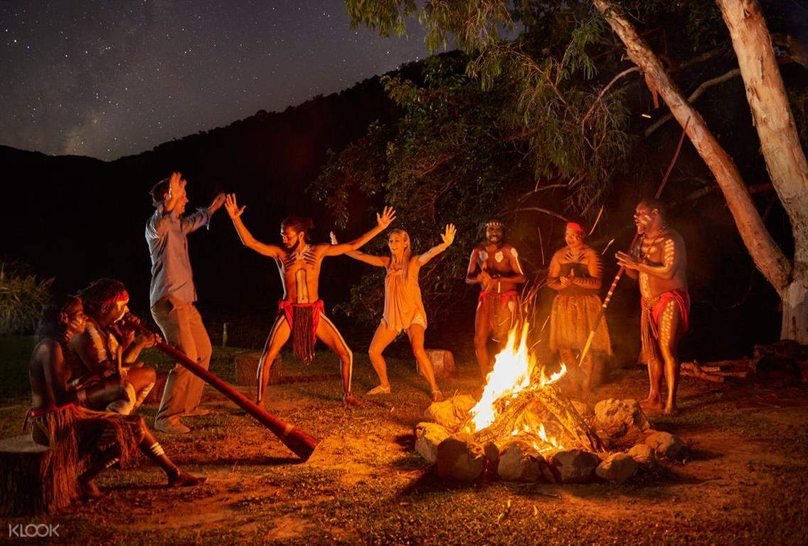 查普凱土著文化公園篝火之夜